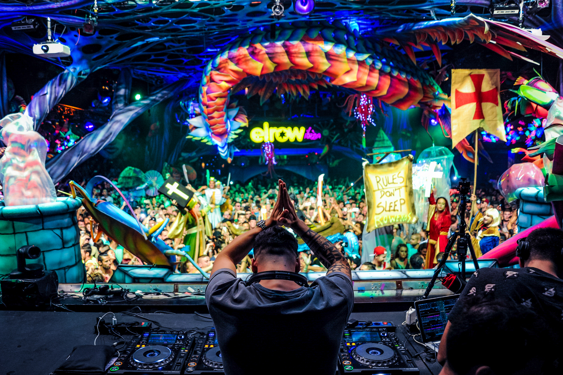 Elrow Town-2