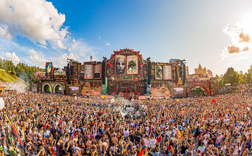 Tomorrowland 2020-1